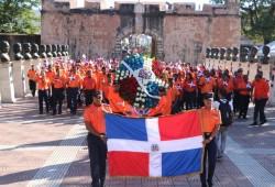 Defensa Civil honra a Padres de la Patria al depositar ofrenda floral