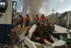 Defensa Civil acude en auxilio de afectados por explosión en Villas Agrícolas