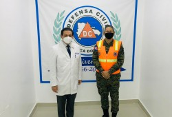 Ministro de Salud recorre instalaciones de la Defensa Civil Dominicana