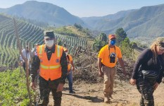 Director Ejecutivo de la Defensa Civil supervisa zona afectada por...