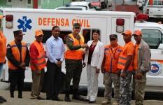 Director de la Defensa Civil entrega ambulancia y local remozado en...