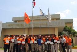 Entrenan voluntarios de la Defensa Civil en manejo de sustancias y materiales peligrosos
