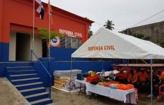 DEFENSA CIVIL ENTREGA AMBULANCIA A LA DIRECCIÓN PROVINCIAL DE...