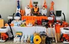 Defensa Civil entrega equipos de rescate a la Dirección Municipal...