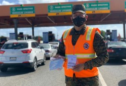 Defensa Civil entrega 50,000 kits de prevención ante el COVID-19 en peajes