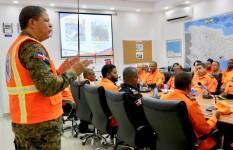 Defensa Civil toma medidas preventivas ante paso de la tormenta...
