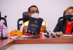 Defensa Civil entrega análisis de riesgos a gobernaciones