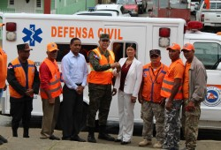 Director de la Defensa Civil entrega ambulancia y local remozado en municipio Esperanza